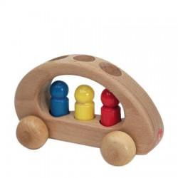 Auto met 3 mannetjes