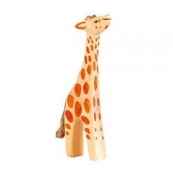 Giraffe klein omhoog kijkend